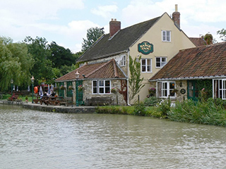 The Barge Inn Seend